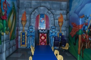 castle-party-room-01